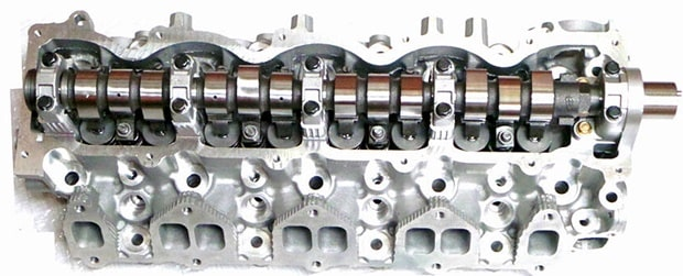 Mazda B2500 Cylinder Head