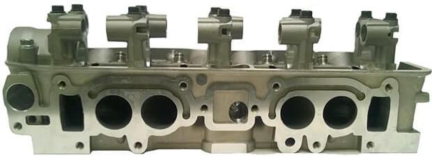 Mitsubishi 4G63 Cylinder Head