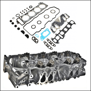 Toyota 22R Cylinder Head With Valves Fitted and Gasket Set