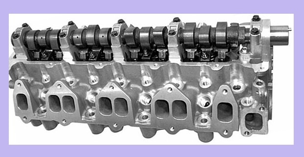 Ford Courier Mazda B2500 WLT 12 Valve Complete Assembled Cylinder Head With Camshaft